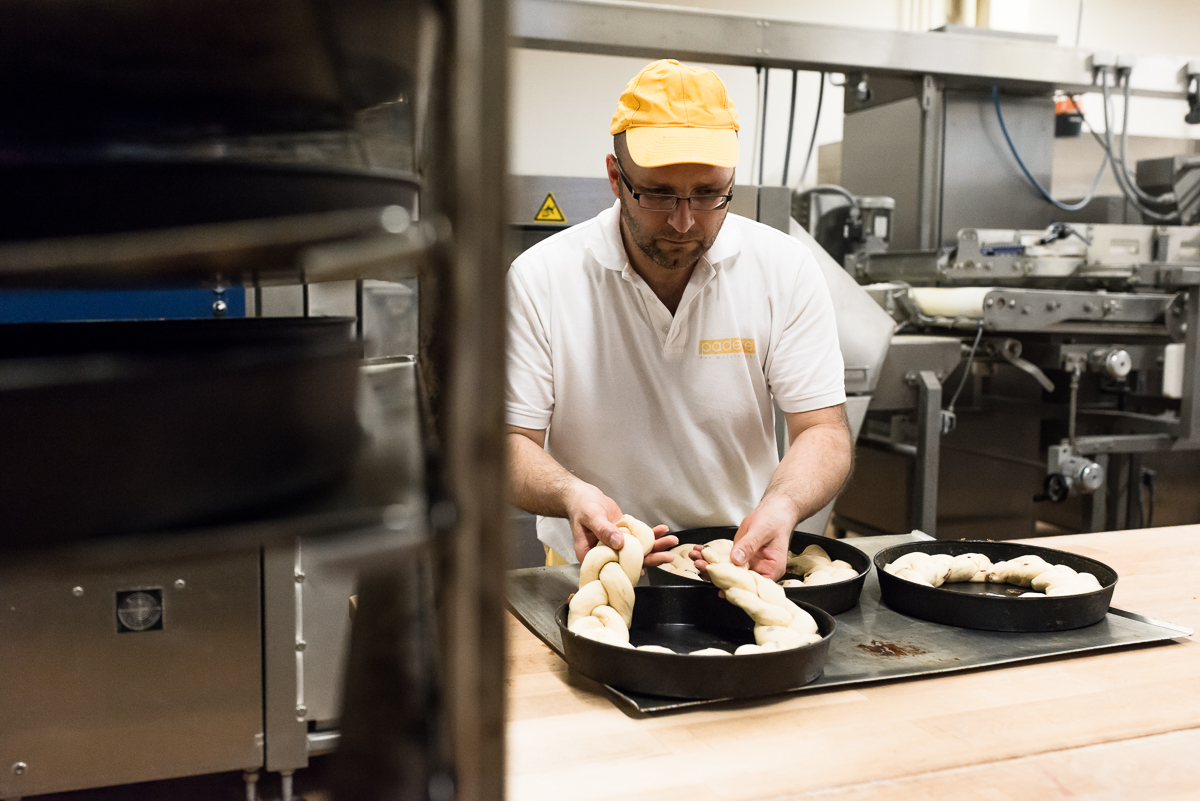 bäckerei-padeffke-backen-mitarbeiter